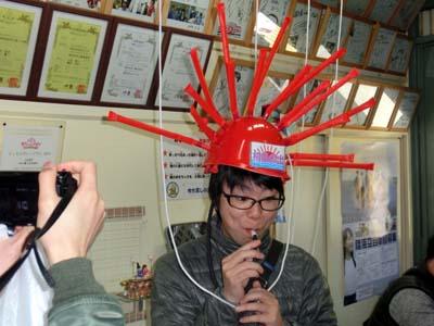 非売品のヘルメット初日の出で記念撮影も!