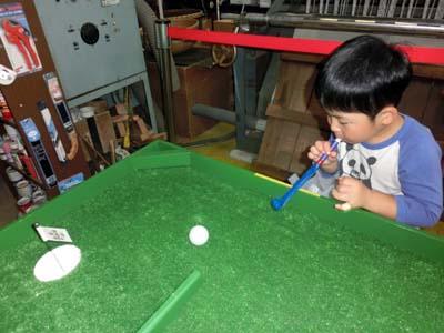ゴルフゲーム さて、うまく入るかな?